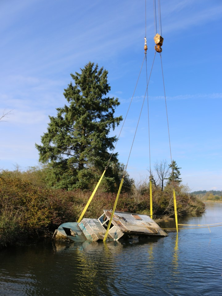 B1 – Junk Boat 1 (Lifting Boat)